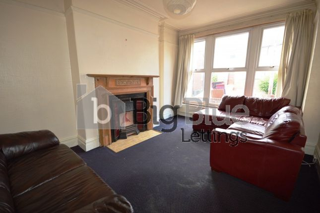 Thumbnail Terraced house to rent in 21 Richmond Avenue, Hyde Park, Seven Bed, Leeds