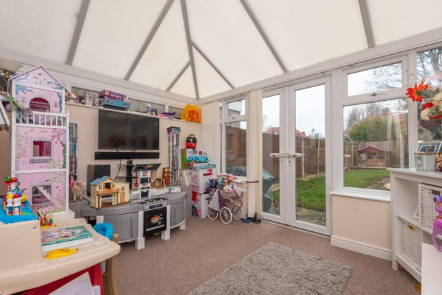 Conservatory of Minehead Road, Fordhouses, Wolverhampton WV10