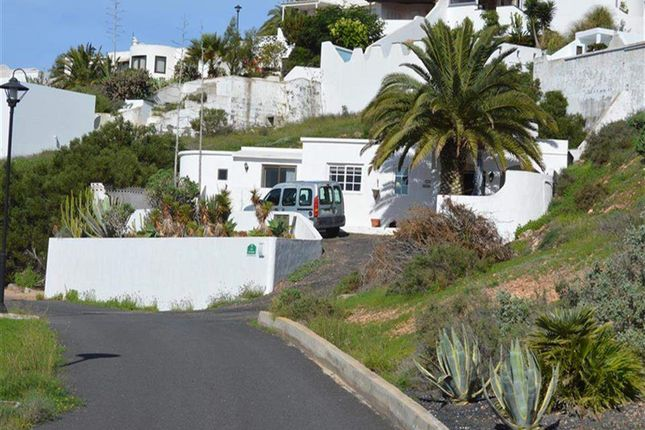 2 bed villa for sale in Oasis De Nazaret, Lanzarote, Spain