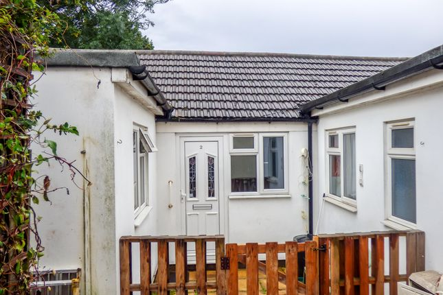 Thumbnail Detached bungalow to rent in Saunders Street, Gillingham, Kent
