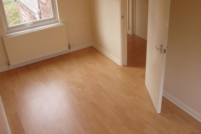 Thumbnail Flat to rent in Castle Street, Caergwrle, Wrexham