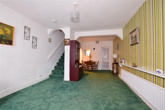 Thumbnail Terraced house for sale in Mansfield Road, Ilford, Essex
