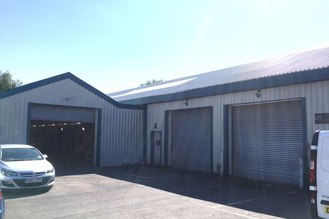 Industrial to let in Unit 3 Cantay Business Park, Ardler Road, Caversham, Reading