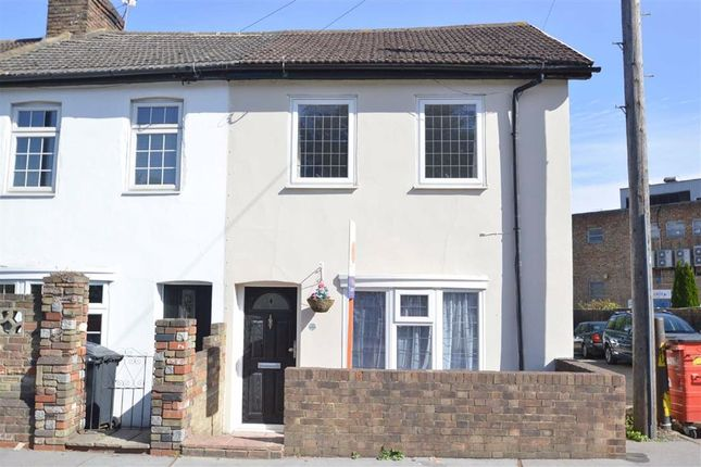 Thumbnail Terraced house to rent in Lion Green Road, Coulsdon, Surrey