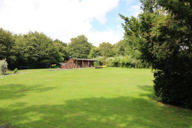 Thumbnail Bungalow to rent in Pilgrims Way, Kemsing, Sevenoaks