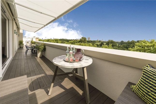 Thumbnail Flat for sale in Hampshire House, 12 Hyde Park Place, Hyde Park, London