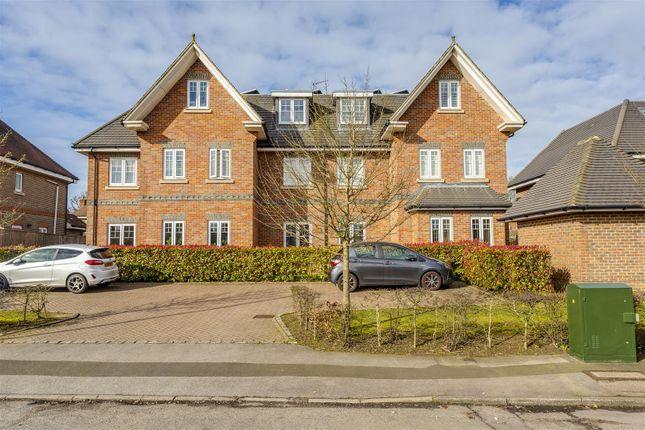 Flat-Birchwood-House-Banstead-107