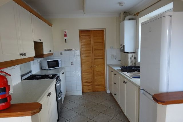 Thumbnail Terraced house to rent in Oxford Street, Treforest, Pontypridd
