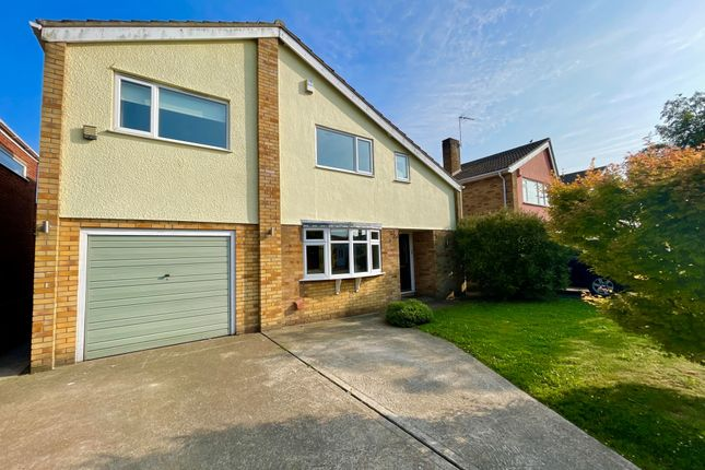 4 bed detached house to rent in Conifer Close, Ormesby, Great Yarmouth NR29