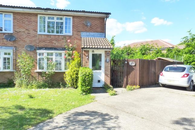 Thumbnail 1 bedroom flat for sale in Quinnell Drive, Hailsham