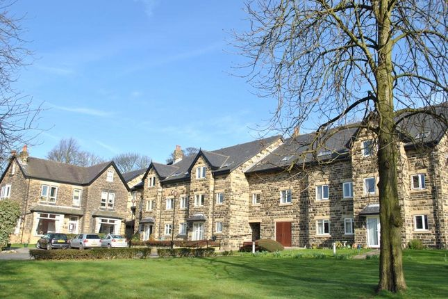 Picture No. 03 of Holmwood, 21 Park Crescent, Roundhay, Leeds LS8