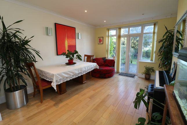 Family Room  of Queenhill Road, Selsdon, South Croydon CR2