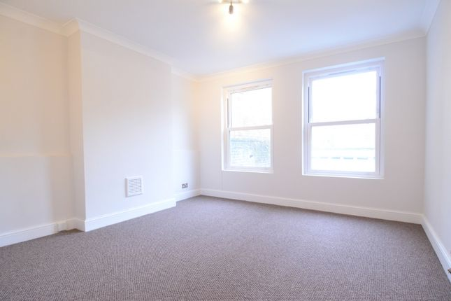 Thumbnail Flat to rent in Cotswold Street, West Norwood