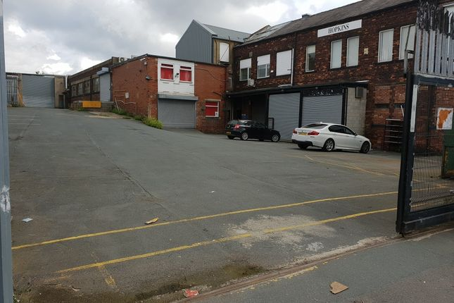 Thumbnail Light industrial to let in 151 Kent Road, Pudsey, West Yorkshire