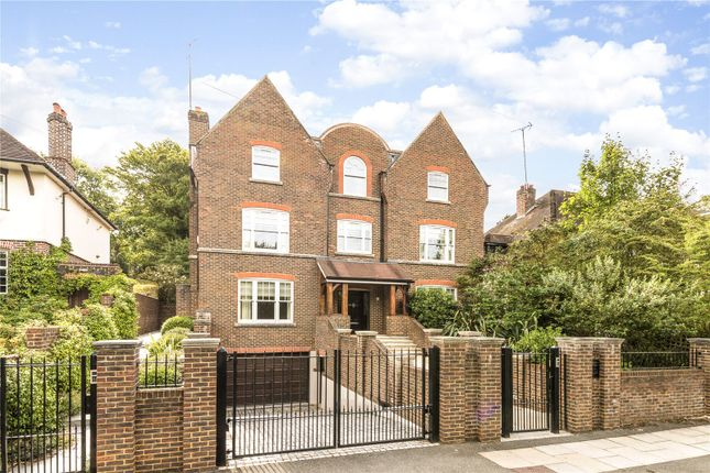 Thumbnail Detached house to rent in Home Park Road, Wimbledon