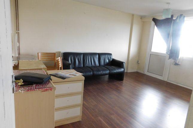 Thumbnail Flat to rent in Yeading Lane, Yeading, Hayes