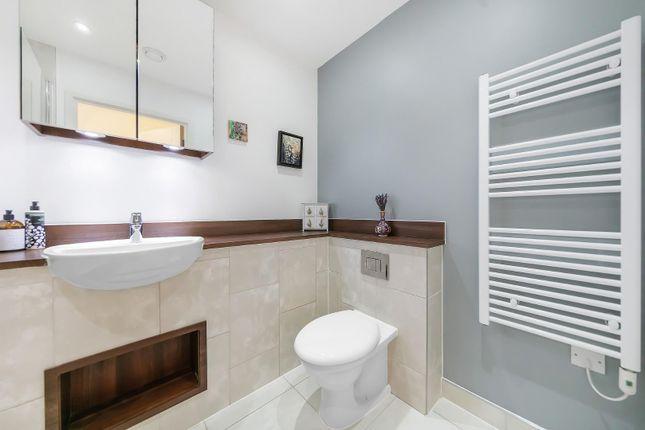 Bathroom of Carney Place, London SW9
