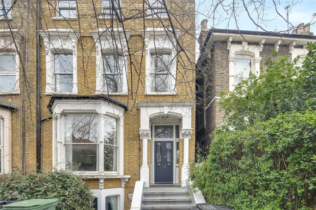 3 bed flat for sale in Evering Road, London E5