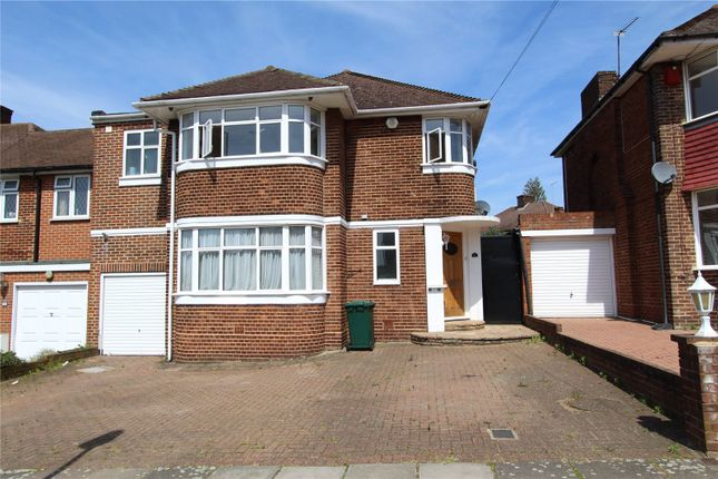 Thumbnail Detached house to rent in Blackwell Gardens, Edgware