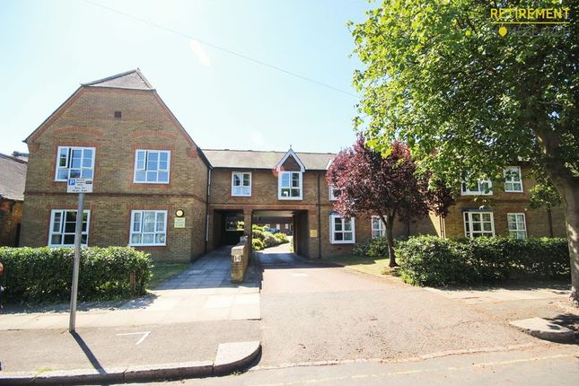 Thumbnail Flat for sale in Old School Close, Merton