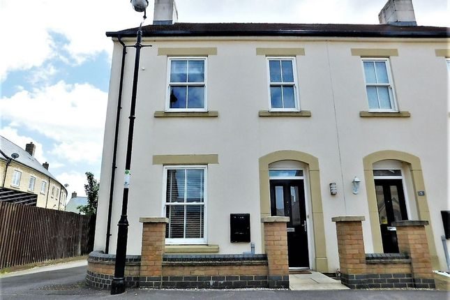 3 bed semi-detached house to rent in Earnshaw Drive, Fairfield Park