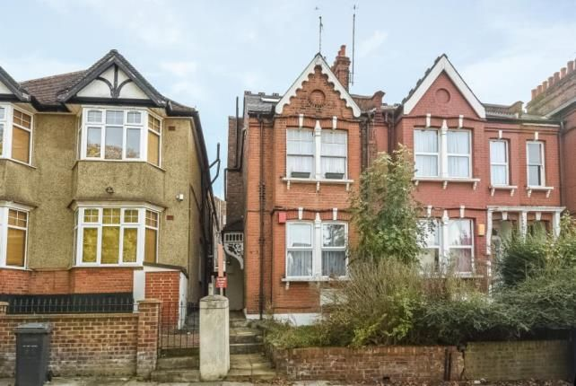 Thumbnail Flat for sale in Gordon Road, Finchley