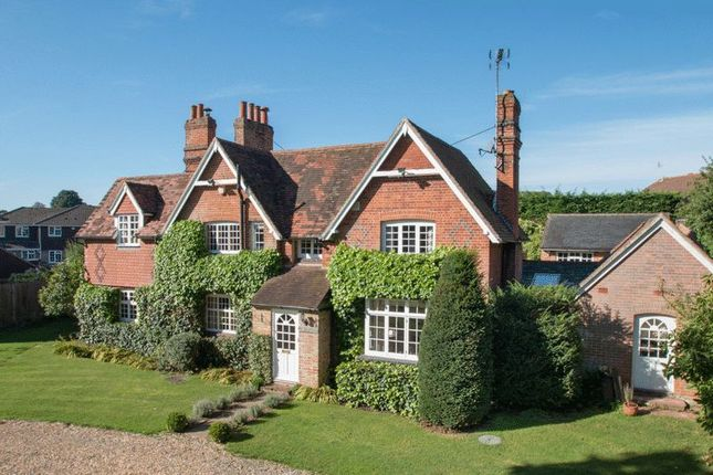 Thumbnail Detached house for sale in Park Lane, Guildford