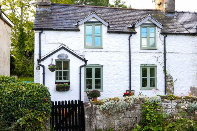 Thumbnail Semi-detached house for sale in Galltegfa, Ruthin