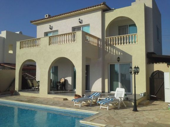 3 bed villa for sale in Sea Caves, Sea Caves, Paphos, Cyprus