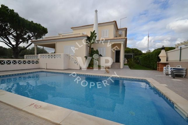 Villa for sale in Olhos D'agua, Olhos De Água, Algarve