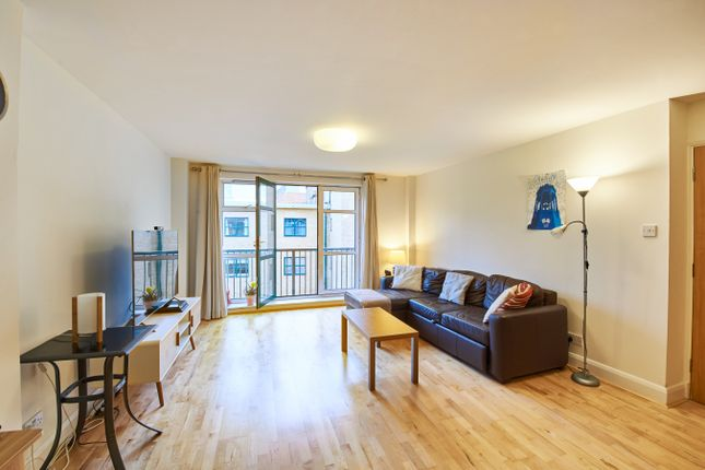 1 bed flat for sale in Goswell Road, London EC1V
