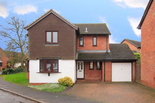 Detached house for sale in Wheelwrights, Weston Turville, Aylesbury