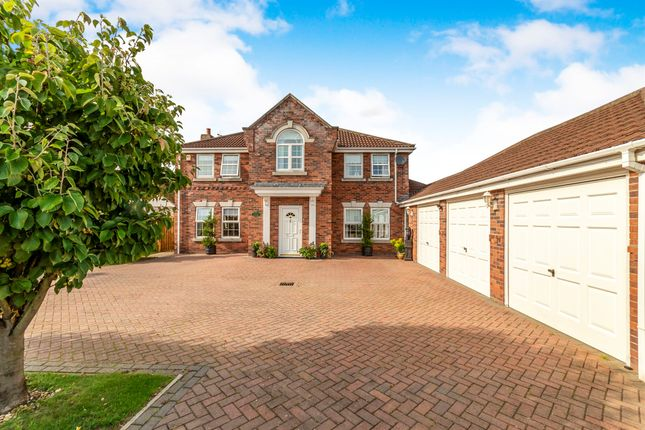 Thumbnail Detached house for sale in Oak Way, Heckington, Sleaford