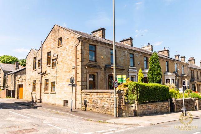5 bed end terrace house for sale in Manchester Road, Burnley BB11