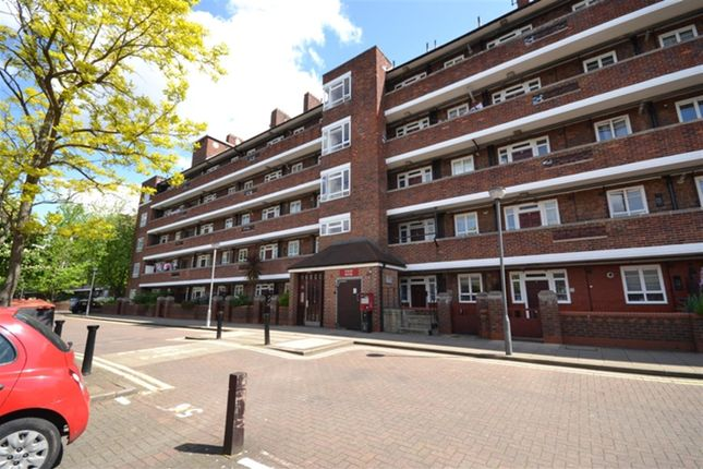 Thumbnail Flat to rent in Hastings House, White City