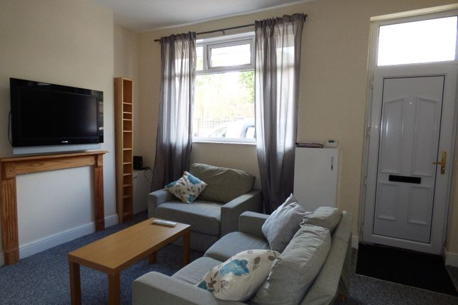 Thumbnail Shared accommodation to rent in Honeywall, Stoke-On-Trent