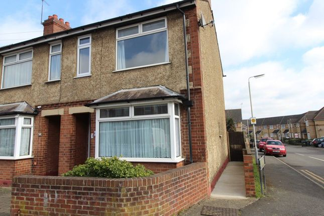 Thumbnail Property to rent in Beechwood Road, Leagrave, Luton