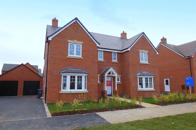 Thumbnail Detached house for sale in Ettington Road, Wellesbourne, Warwick