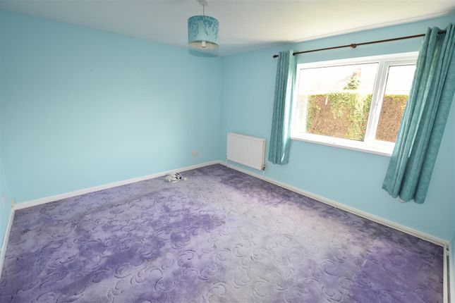 Bedroom 1 of Gladstone Court, Buttrills Road, Barry CF62