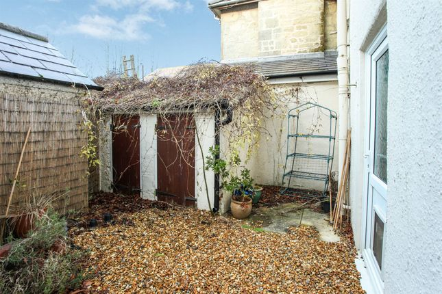 1 bed flat for sale in Butts Knapp, Shaftesbury