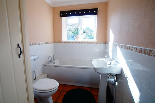 Bathroom of Bridgefoot, Workington CA14