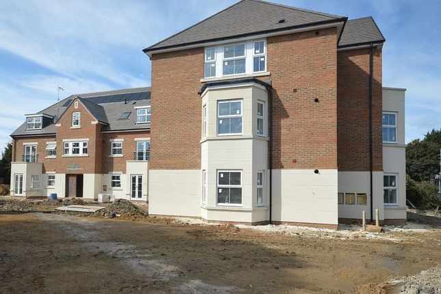 Thumbnail Flat for sale in Picts Lane, Princes Risborough