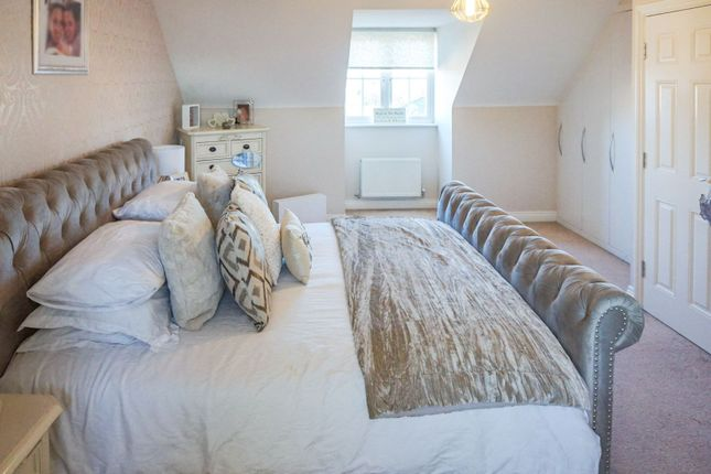 Master Bedroom of Samian Close, Gateford S81