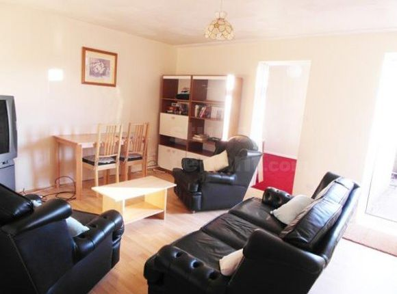 Thumbnail Shared accommodation to rent in Gore Mews, Canterbury, Kent