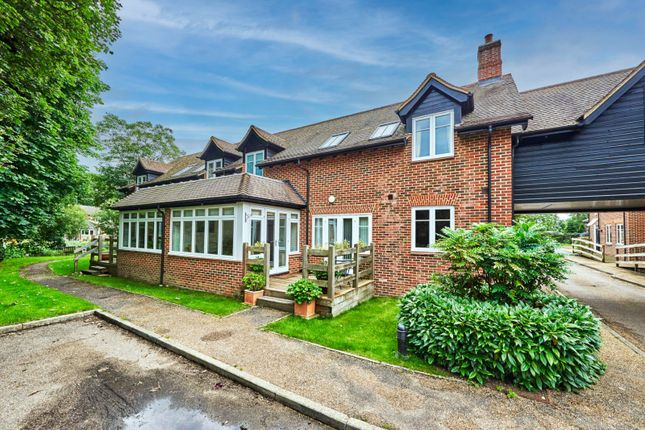 Thumbnail Terraced house for sale in King Edward Place, Wheathampstead, St. Albans, Hertfordshire