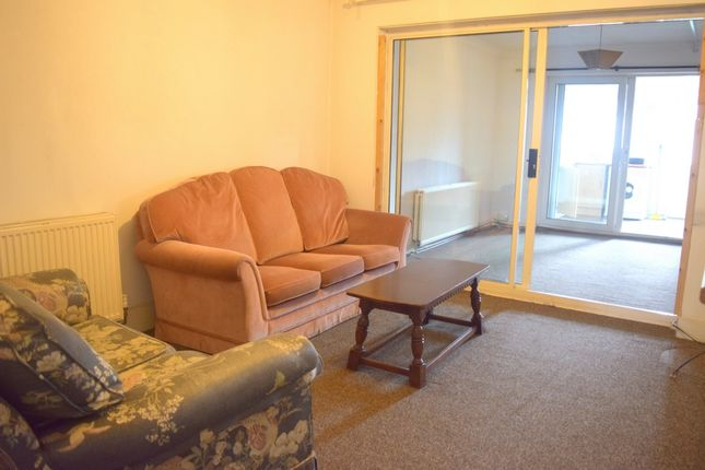 Thumbnail Flat to rent in Staines Road, Stains