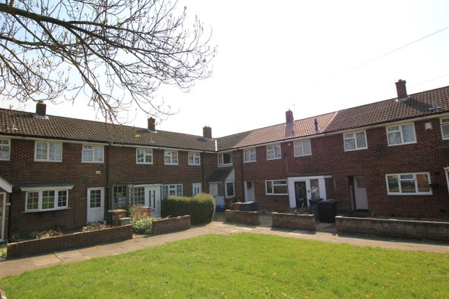 Thumbnail Mews house to rent in Briardale, Stevenage