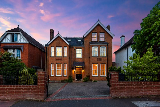 Find 7 Bedroom Properties For Sale In Bromley London Zoopla