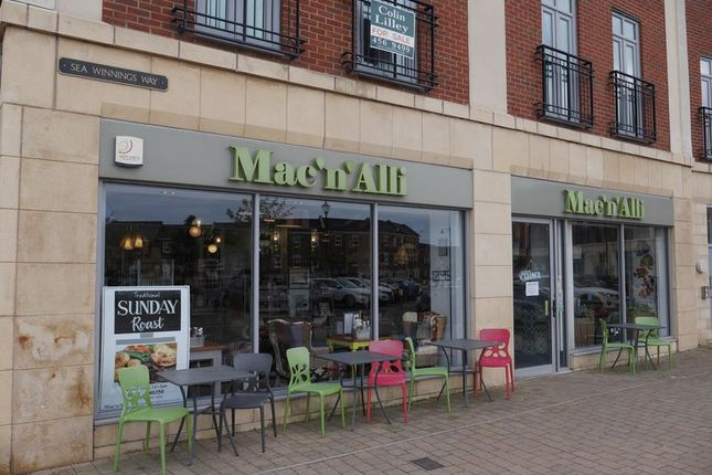 Thumbnail Restaurant/cafe for sale in Mac N Alli, Unit 6 Sea Winnings Way, South Shields