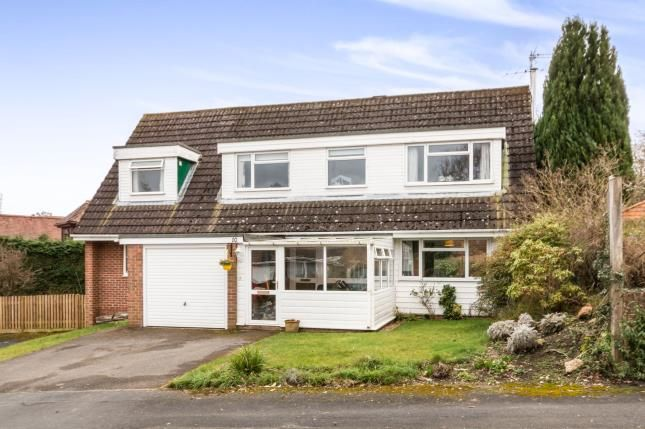 Thumbnail Detached house for sale in Pamber Heath, Tadley, Hampshire